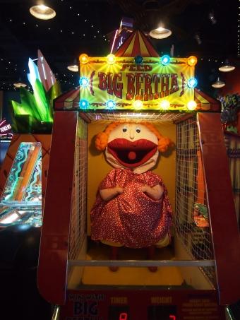 big bertha arcade game