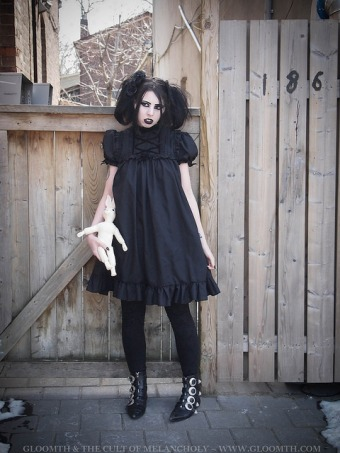 gothic fashion gloomth