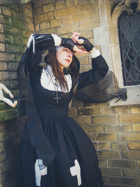 gothic lolita nun photoshoot