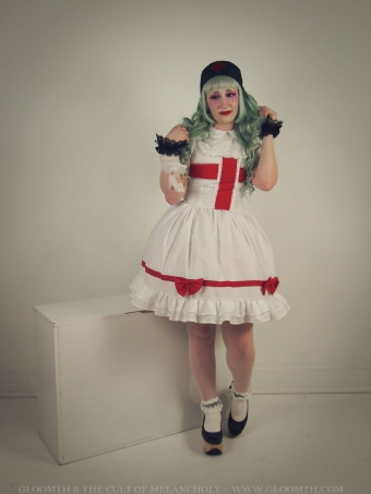 medical lolita outfit