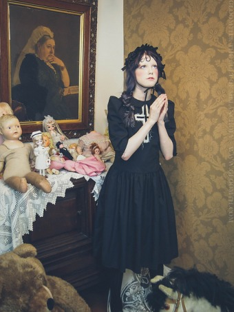 antique praying doll photoshoot outfit editorial gloomth