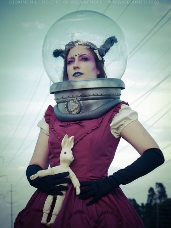 retro space scifi photoshoot editorial space-helmet