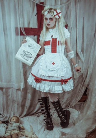 creepy nurse gurololita outfit gloomth