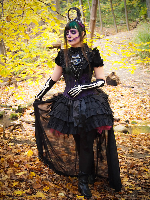 gothic forest skeleton makeup autumn gloomth