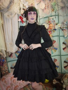 victorian grunge lolita fashion toronto canada gloomth gothic style hexcelle