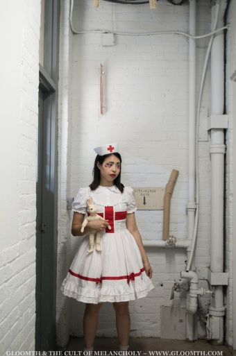 gloomth-nurse-lolita-medical-outfit-canada (1)