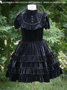 gothic-victorian-velvet-lolita-dress-gloomth