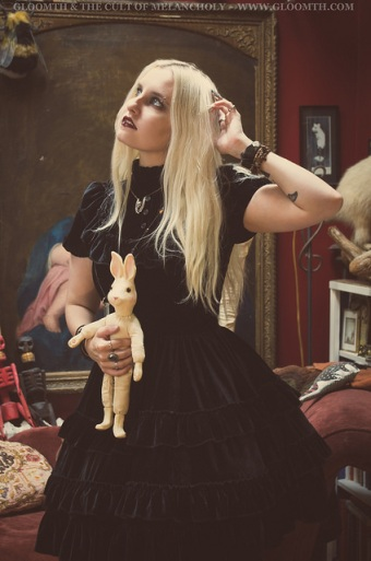 gothic witch fashion by gloomth