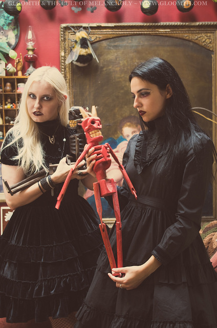 gothic witch photoshoot altmodels gloomth 2018