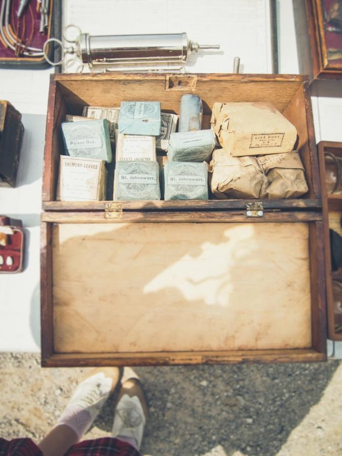 cabinet of curiousities cabinet of curiousities dundas ontario aberfoyle antique market ontario