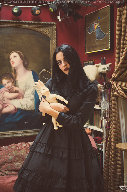 witch occult gothic model gloomth