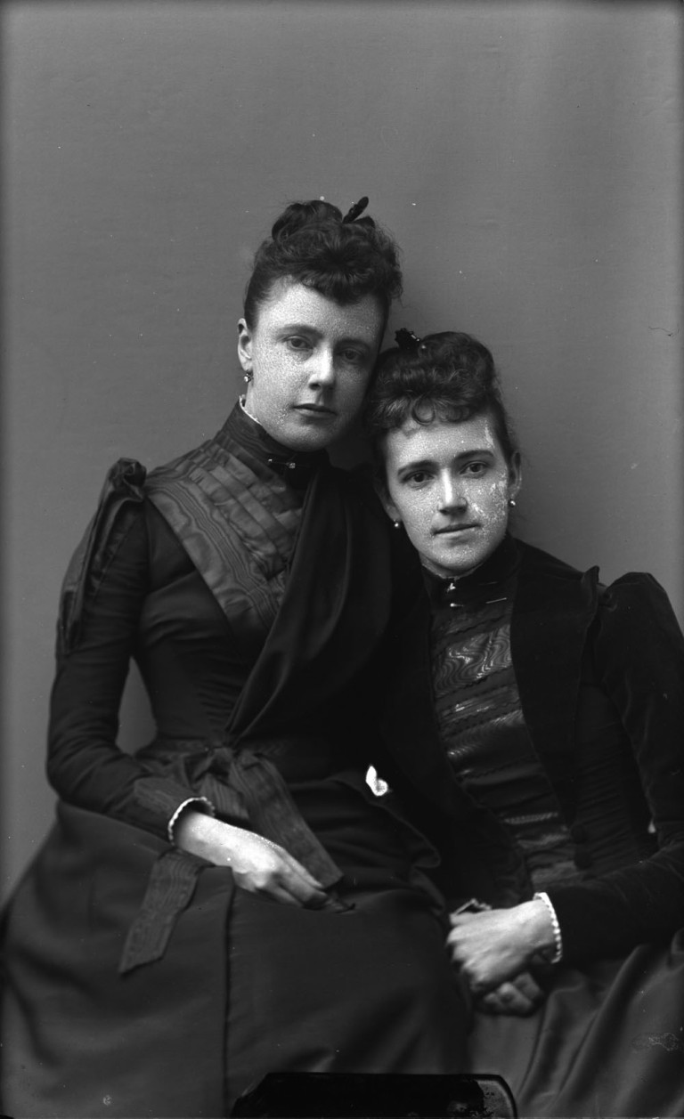 1890s womens fashion in canada victorian