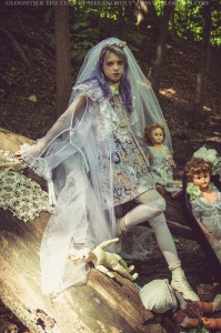 ghost bride outfit photoshoot editorial gloomth
