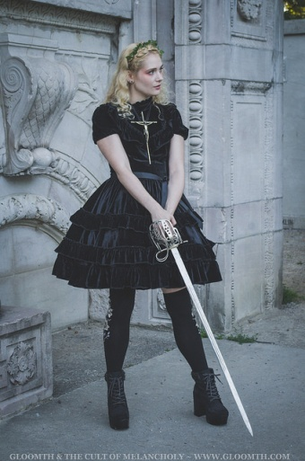 joan of arc photoshoot gothic lolita gloomth