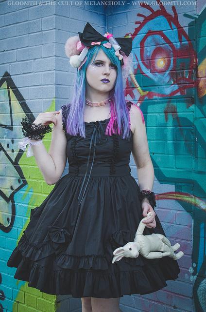 kawaii goth doll fashion by gloomth
