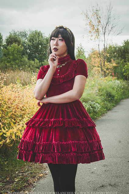 draculas bride gothic red velvet lolita dress gloomth
