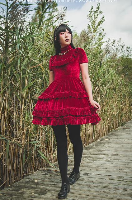 gloomth red velvet gothic lolita dress