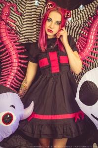kawaii goth monster girl fashion and makeup