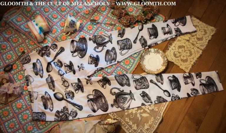 victorian tea party alice in wonderland gloomth tights leggings