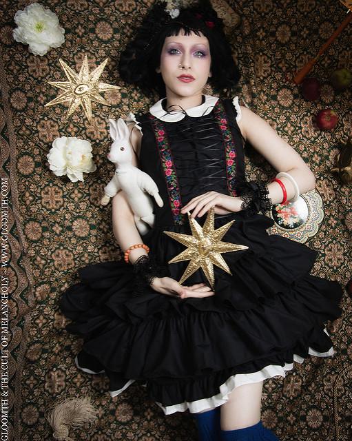 gothic bohemian photoshoot gloomth