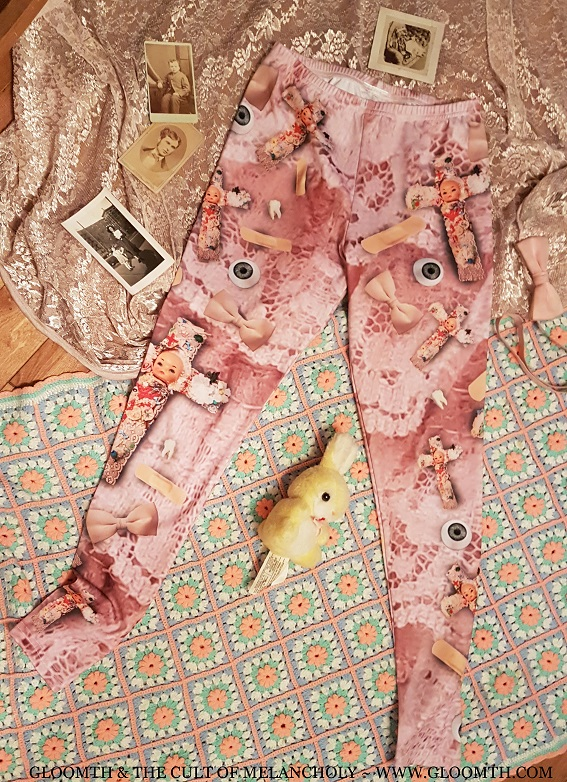 doll cross print leggings or tights gloomth