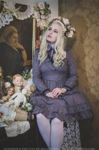 victorian vampire claudia gloomth