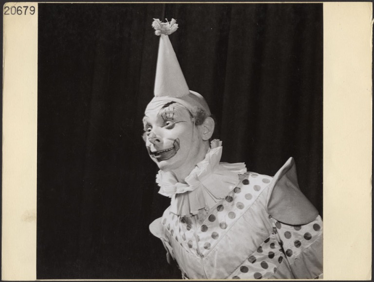 1946 clown makeup canada