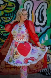 retro valentine heart candy box print dress kawaii outfit plus size by gloomth (6)