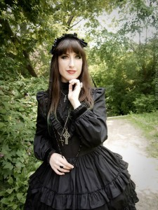 gothic victorian fashion by gloomth