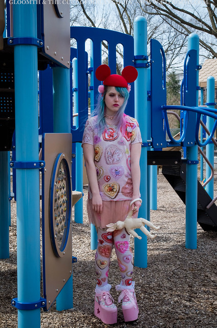 valentine print tshirt and leggings by gloomth mouseketeer japanese street fashion toronto (6)