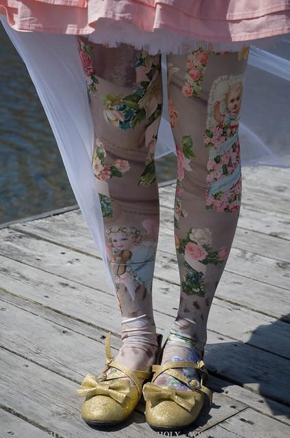 angel print tights cherub 2