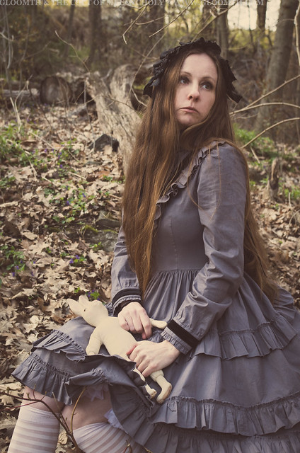 creepy forest girl victorian
