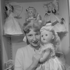 doll making 1956