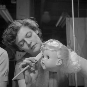 doll making in 1950s