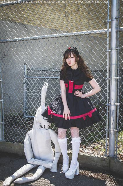 goth nurse dress lolita outfit (1)