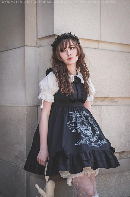 old school lolita gloomth