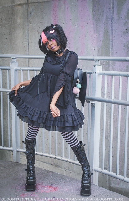 bat themed lolita outfit
