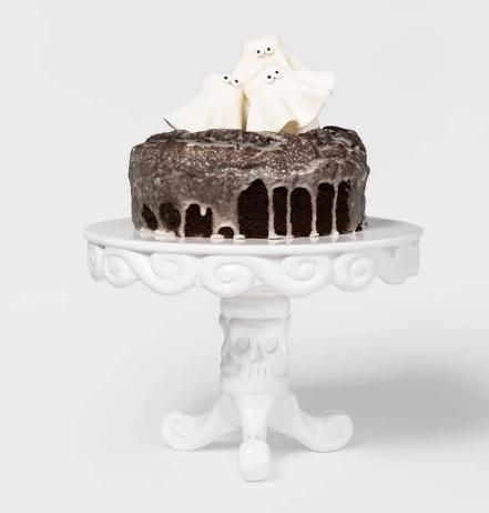 ceramic skull cake stand
