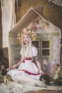 grunge living doll girl