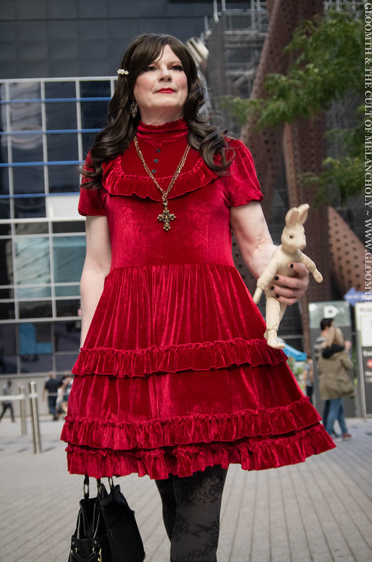 drag queen in red velvet gothic dress 2