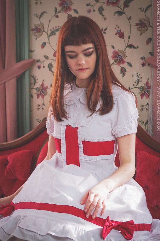 gloomth lolita fashion