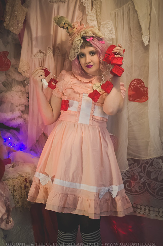 lolita valentine outfit