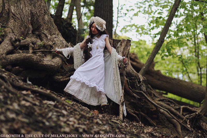 cottagecore and mori girl fashion