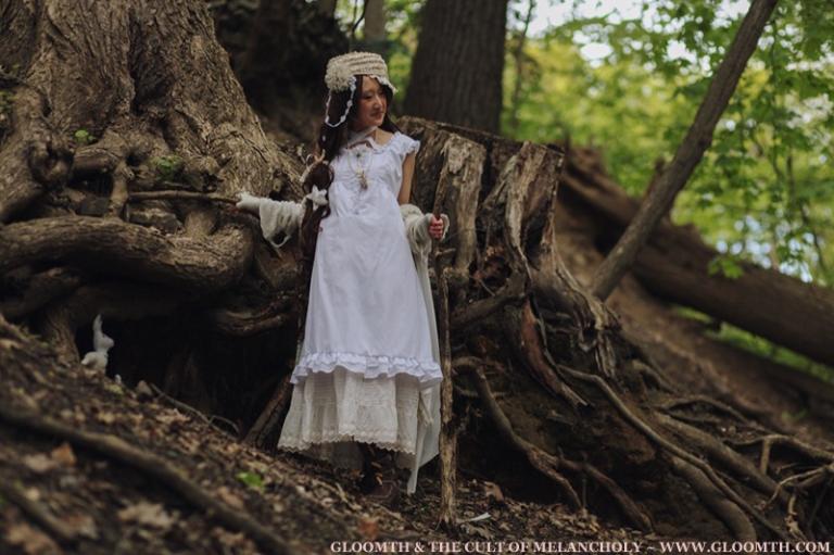 cottagecore mori girl style